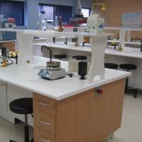 Catálogos completos de material de laboratorio
